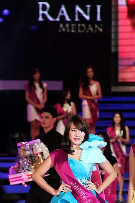 Pemenang Miss Celebrity 2012 SCTV | Aisyah Maharani Juara
