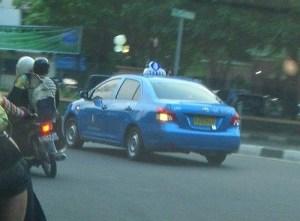 taksi biru